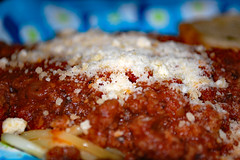 Spaghetti With Parmesan Cheese. (dccradio) Tags: lumberton nc northcarolina robesoncounty indoor indoors inside food eat dinner supper lunch meal nikon d40 dslr september evening goodevening thursdayevening thursday spaghetti parmesancheese meatsauce spaghettisauce bread garlicbread