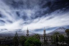 Arequipa (marko.erman) Tags: arequipa peru latinamerica southamerica plazadearmas cathedral church mountains volcanoes misti sky clouds pov sony travel outside outdoor scenicview