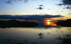 Sunset - Finland (Sami Niemeläinen (instagram: santtujns)) Tags: joensuu suomi finland pyhäselkä järvi lake film 35mm filmpic filmphotos analog lomography minolta kodak ultramax maisema landscape sunset auringonlasku syksy autumm luonto nature