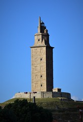 Torre de Hércules (La Coruña, Galicia, España, 12-6-2019) (Juanje Orío) Tags: 2019 lacoruña provinciadelacoruña galicia españa espagne espanha espanya spain europa europe eu europeanunion unióneuropea ue faro lighthouse patrimoniodelahumanidad worldheritage torre tower costa litoral