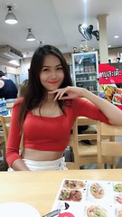 portrait (ChalidaTour) Tags: thailand thai asia asian girl femme fils chica nina woman teen sweet cute sexy petite slender slim portrait smile shop