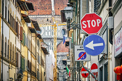 Florence, Italy (July 2019) (Guill_B) Tags: photomechanic évènement event vacances holidays semester vacations europe italie it ita italy toscane florence objet object panneau sign enseigne