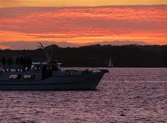 su190919_5 (BodoRedlin) Tags: sonnenuntergang möltenort kieler förde schiff ostsee bodo redlin