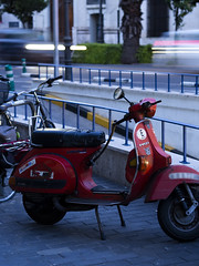 (rj.monaco) Tags: olympus omd em10 mark iii photography amateur photographer city streetphotography streephoto color bike motorbike street lights