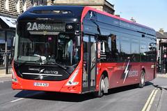 802 - BV18XZB (DavidsBuses) Tags: harrogatedistrict volvo7900e electricbus volvo 802 bv18xzb bv18