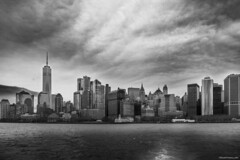 The City (ricardocarmonafdez) Tags: nyc newyork manhattan cityscape skyline skyscrapers rascacielos ciudad nubes clouds mar sea cielo sky horizon buildings lights shadows contrast nikon d850 24120f4gvr monocromo monochrome bn bw blackandwhite ricardocarmonafdez ricardojcf
