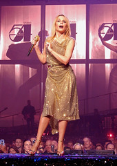 Kylie Minogue - Golden Tour - Motorpoint Arena - Nottingham - 20.09.18. - ( 081 ) (J.E.T. 603) Tags: kylie minogue kylieminogue golden tour motorpointarena nottingham live music concert performance gig 2018