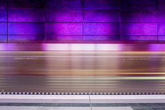 Same same but different (katrin glaesmann) Tags: hamburg germany tube metro ubahn station ubahnhof hvv u4 hafencityuniversität colour train moving