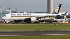 Singapore Airlines 9V-SMV A350-941 EGCC 31.08.2019 (airplanes_uk) Tags: 31082019 9vsmv a350 a350941 airbus aviation egcc man manchesterairport planes singaporeairlines avgeek
