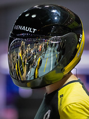 Visor reflection [Explore] (BP Chua) Tags: renault formula1 formulaone singapore f1nightrace reflection visor mechanic singaporegp grandprix canon 1dx helmet