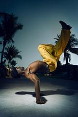Miami People Street Performer (augustg28) Tags: acrobat acrobaticdancing blackman cemgp ess miamipeople modelrelease 1egsnotselected checkedbymykle creativestock interiorselects interiorstreetpeopleselect mrconfirmed neaflosent20140719 nonexclusive senttogallerystockforedit tedkeyworddone mgpportfolio2013 baggypants breakdancer breakdancing crunk crunking gymnastics palmtrees parachutepants performer performers performinghiphop performingartists streetperformers streetscenes upsidedown web2016 yellowpants youngafricanamericanman miamibeach fl unitedstates