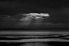 Est (nograz) Tags: mareadriatico nograz bw nikond750 croazia biancoenero blackandwhite luce sky cielo cloud nuvola sea