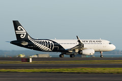 Air New Zealand Airbus A320 (Daniel Talbot) Tags: a320 akl airnewzealand airbus airbusa320 auckland aucklandairport aucklandregion nzaa newzealand northisland teikaamāui zkoxk aircraft airplane airplanes airport aviation maker oceania plane transportation