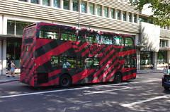IMGP3686 (Steve Guess) Tags: parklane london england gb uk bus advert aoa dior abellio adl alexander dennis enviro 400 9513 sn59awa