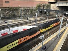 Glasgow Queen Street - 19-09-2019 (agcthoms) Tags: scotland glasgow glasgowqueenstreet station railways trains colas class56 56094 56049