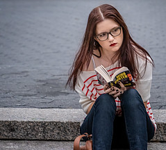 New York Faces 5: The Reader (Robert Lejeune) Tags: streetphotography mindhunter book reading