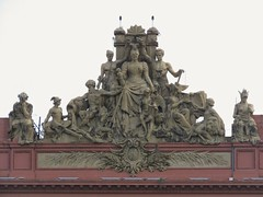 Monumento (carlos_ar2000) Tags: monumento monument escultura sculpture estatua statue arte edificio building art montserrat buenosaires argentina