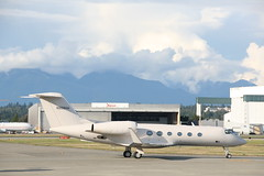 N888HH G450 (Vernon Harvey) Tags: n888hh gulfstream g450 vancouver yvr