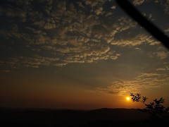 Amanecer Yalí-Antioquia-Colombia (santiago.ruiz6) Tags: paisajes paisaje amanecer naturaleza cielo sol pueblo antioquia nordeste colombia montañas montaña nube amaneceres nubes colores natural horizonte yalí municipio