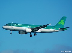 AER LINGUS A320 EI-DVH (Adrian.Kissane) Tags: landing arriving irish aviation flight flying outdoors sky airline airliner jet plane airbus aircraft aeroplane 3345 592017 a320 eidvh lanzarote aerlingus