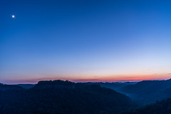 Night falls on the Gorge (sniggie) Tags: moon appalachia chimneytoprockoverlook danielboonenationalforest easternkentucky kentucky redriver redrivergorge nightphotography pinchemtightgap sunset twilight crescentmoon