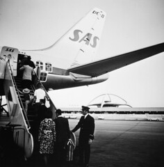 Los Angeles Airport (SAS Museum - Norway - Images not to be used withou) Tags: airports losangeleslax sas dc8 1970s aircraft losangeles california unitedstates