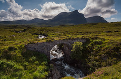 Quinag .. (Gordie Broon.) Tags: quinag unapool burn corbetts mountains collines assynt scotland schottland scottishhighlands scenery paysage landscape paisaje ecosse bridge abhainn allt inchnadamph scenic clouds sky 3corbetts sailgharbh sailghorm spideancoinich aghaidhealtachd lochinver heuvels hills colinas landschaft rio hugeln sonya7rmkii sonyzeiss1635f4lens ilce7rm2 sutherlandshire gordiebroonphotography scozia escocia caledonia szkocja geotagged theoldroad