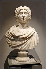 (wilphid) Tags: lyon rhône rhônealpes musée art sculpture objets antiquité statues muséedesbeauxarts palaisstpierre