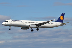 Airbus A321-231 - D-AIDE - HAJ - 20.09.2019 (Matthias Schichta) Tags: haj eddv hannoverlangenhagen planespotting flugzeugbilder daide lufthansa airbus a321200