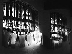 (a.pierre4840) Tags: olympus om2sp zuiko 100mm f28 35mmfilm jchstreetpan400 bw blackandwhite noiretblanc windows ambientlight shadows dof depthoffield atmospheric