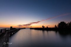 Sunrise | Zonsopkomst Edam - IJsselmeer (Leo Kramp) Tags: web data accessoires weer zonsopkomst manfrotto410juniorgearedhead wwwleokrampfotografienl leokrampfotografie benrofh100mkiifilterholder benrond42stopsgradhardfilter benrond2568stopsfullfilter netherlands weather sunrise photography nederland places noordholland edam plaatsen 2019 accessoiries 2010s gitzogt3542ltripod