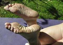 Barefoot soles (petefreeman75) Tags: feet barefoot soles mucky dirty blistered curledup toes
