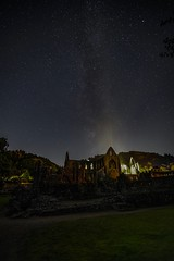 Tintern Abbey (winke_wo) Tags: sony alpha 1635 sel1635 gm gmaster england wales tintern abbey nightlights stars milkyway clear sky castle a7rii