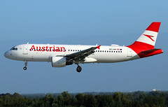 Austrian Airlines Airbus A320-214 OE-LBX (RuWe71) Tags: austrianairlines osaua austrian austrianairlinesag lufthansagroup austria vienna airbus airbusa320 a320 a320200 a320214 airbusa320200 airbusa320214 oelbx msn1735 ohlxg fwwbm mostviertel brusselsairport brusselszaventem brusselszaventemairport brusselzaventem zaventem bru ebbr narrowbody twinjet landing sunshine clearsky engines flaps slats spoilers bluesky