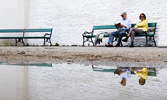 Twin Couples (CoolMcFlash) Tags: candid street streetphotography people vienna canon eos 60d puddle water reflection personen wien wasser pfütze spiegelung fotografie photography sigma 1020mm 35