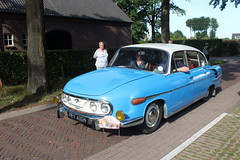 1970 Tatra 603 arriving at the bird sanctuary (Davydutchy) Tags: trn tatra register nederland najaarsrit najaarsrally herbsttreffen autumnrally rit tocht rally westbrabant brabant noordbrabant netherlands niederlande paysbas holland 603 t603 classic car klassiker klassiek oldtimer vehicle auto automobiel automobile bil voiture pkw czech aircooled september 2019