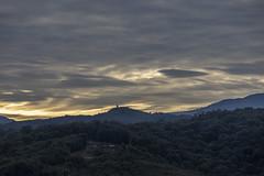 Aurora (José M. Arboleda) Tags: amanecer salidadelsol bosque árbol montaña nube cielo bruma puracé popayán colombia canon eosrp rf24240mmf463isusm josémarboledac