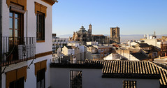 A stroll in Albaicín with a view on Granada Cathedral (B℮n) Tags: iglesiadelavirgendelasangustias spain spanje andalucia andalusia alhambra unesco world heritage granada hilltop palace fortress walls moorish cathedral albaicin mountains snow viewpoint pool swimming church ourladyofsorrows rooftop werelderfgoed nasriddynasty history fountains orchard gardens royalpalaces crownjewel tourist holiday travel barcelócarmengranada hotel islamic architecture arabflavoured street life monumentalchurches tapas bars 738m parroquiadelsalvador parishofelsalvador albaicín 50faves topf50 100faves topf100