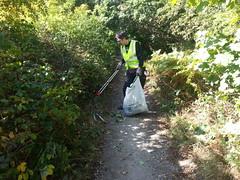 20190921_124815 (JohnSeb) Tags: johnseb sustrans volunteering leeds templenewsam ncn66 leedstpt cycleroute cycling bridleway path