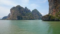 Paradise (Sylar8travel) Tags: travel travelphotography thailand islands island paradise beatifulplaces beatiful sea andamansea rocks rock mountain mountains