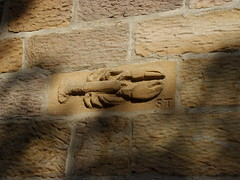Stone Lobster (Glass Horse 2017) Tags: eastcleveland clevelandway wall decoration artwork chiselled stone lobster