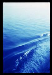 Corse en bleu (chiara ...) Tags: film 35mm analogue colors blue sea waves olympus om1 fujichrome 64t diapo corsica