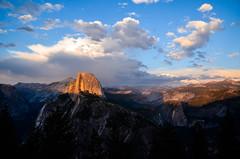 Half-Dome-Sunset - Yosemite-Nationalpark / California (Udo S) Tags: yoemite halfdome california hiking nationalpark sunset light colors wonderful earth twilightbear scary
