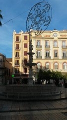 20181203_154025 (rugby#9) Tags: fountain waterfeature christmasdecoration decoration spain málaga andalucia costadelsol navidad snowflake building outdoor sky bluesky tree trees people