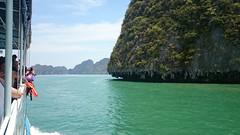 Beatiful rocks (Sylar8travel) Tags: travel travelphotography thailand islands island paradise beatifulplaces beatiful sea andamansea water rocks