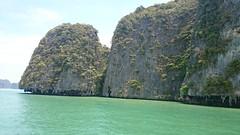 Mountains and sea (Sylar8travel) Tags: travel travelphotography thailand islands island paradise beatifulplaces beatiful sea andamansea water rocks