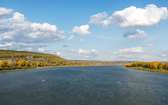 Tom River in autumn (man_from_siberia) Tags: tomriver rivertom river riverside riverscape riverbank water clouds landscape scenery пейзаж речнойпейзаж река томь вода siberia russia сибирь россия 2019 city kemerovo кемерово осень сентябрь autumn september canon dslr canoneos1dsmarkii canonef40mmf28stm pancakelens fullframe primelens