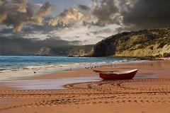 Red Dinghy (AChaby) Tags: acyro algarve portugal boats dinghy barco praia beach seascape water