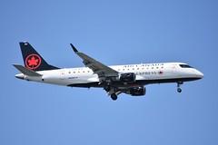 C-FEKI ERJ175 Air Canada Express (corrydave) Tags: 17000103 erj erj175 embraer aircanada boston cfeki