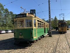 🇨🇦M&MTB-Wagen 965 des Melbourne & Metropolitan Tramways Board (Regelspur) und 🇩🇰Scandia-Wagen 3 der Århus Sporveje (Meterspur) (msslovi0) Tags: strasenbahn tram tramway museum sporvej sporvejsmuseet skjoldenæsholm mmtb melbournemetropolitantramways scandia århussporveje